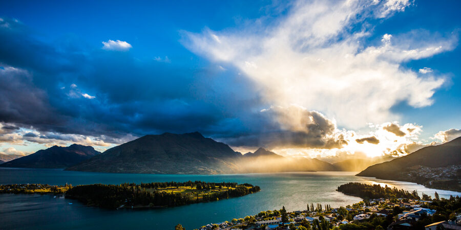 Queenstown-at-sunset-1